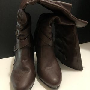 Forever 21, Brown Heeled Boots